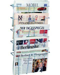 Smart avisholder væghængt med plads til mange aviser