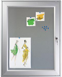 Infoskab med filt bagplade til stifter - Kan også bruges udendørs